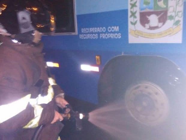 Situação foi controlada e ninguém ficou ferido (Foto: Divulgação / Sidney Fernandes)