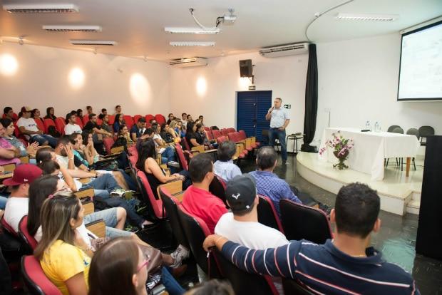 Secretário da Fazenda de Assis faz palestra na Fema (Foto: Divulgação)
