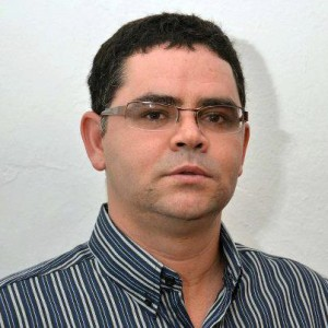PROFESSOR MÁRCIO ALEXANDRE