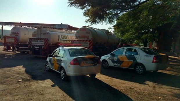 Três motoristas foram autuados (Foto: Polícia Militar Rodoviária de Assis)