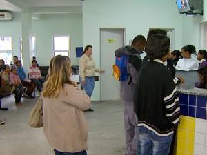 Mulher de PM foi encaminhada ao hospital Mário Covas em Hortolândia (Foto: Reprodução EPTV)