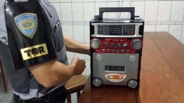 Total chega a R$ 60 mil em notas falsas (Foto: Divulgação/Polícia Militar Rodoviária)