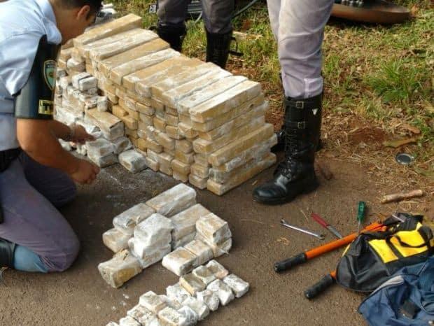 Drogas foram apreendidas em Ourinhos (Foto: Fernanda Ubaid / TV TEM)