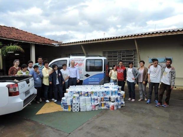 Doação foi para Associação Beneficente de Assis, que mantém o projeto SIM ao Deficiente (Foto: Divulgação)