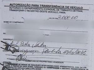 Testemunhas pediu que fosse paga a transferência de um veículo (Foto: Reprodução / TV TEM)