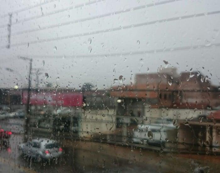 Sábado chuvoso em Assis, temperatura devem a partir deste domingo (Foto: Diego Di Paula/AssisNews)