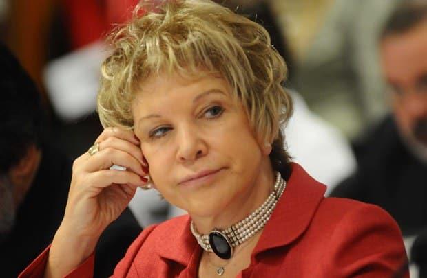 Juiz multa Marta Suplicy por propaganda paga no Facebook