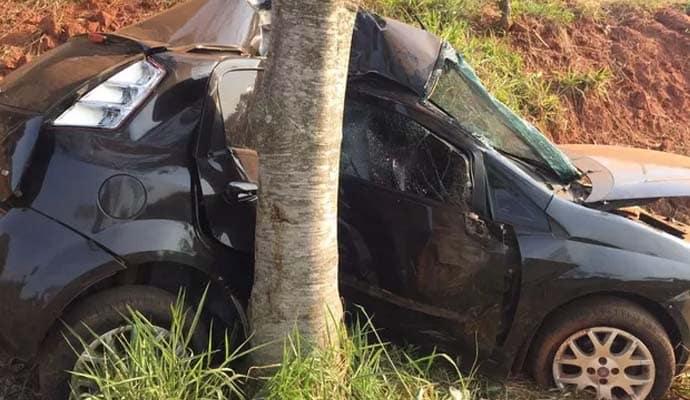 Vítima foi socorrida inconsciente, mas, morreu no hospital (Foto: Katiuscia Reis/Tv Fronteira)