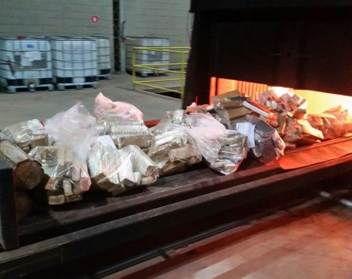 Droga foi incinerada em Marília (Foto: Polícia Federal/Divulgação)