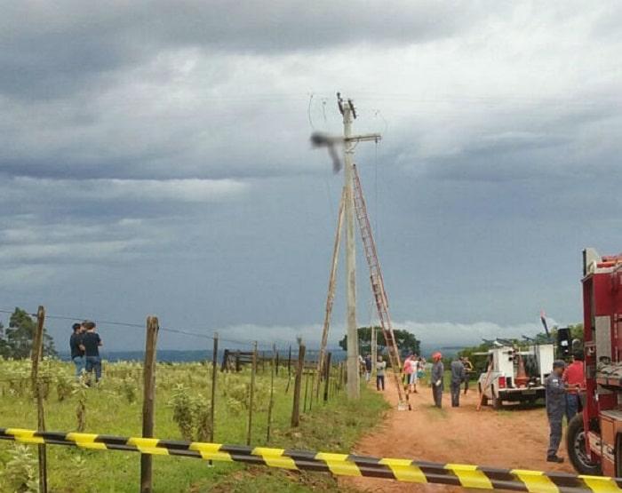 Homem morre eletrocutado ao tentar furtar fios de poste em Marília (Foto: Arquivo Pessoal)