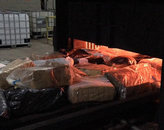 Drogas foram incineradas em Marília (Foto: Reprodução/TV TEM)