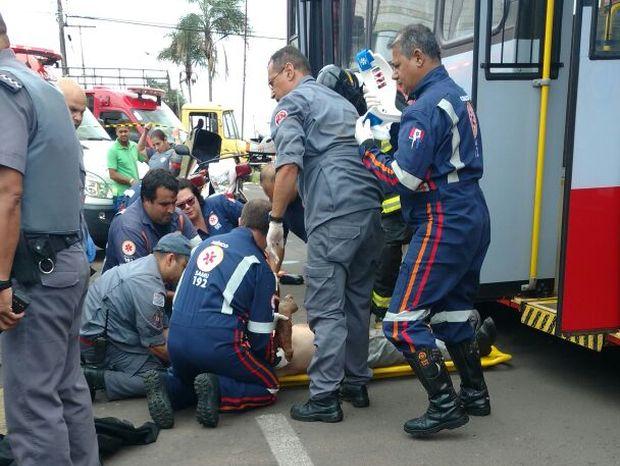 Idoso foi atropelado e arrastado (Foto: Maurício Ribeiro/Arquivo Pessoal)