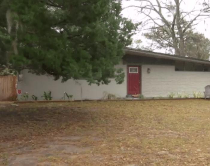 Casa onde ocorreu o caso, em Jacksonville, na Flórida (EUA)