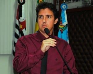 Alexandre Cachorrão cobra a FICAR com um show gospel. (Foto: Divulgação)
