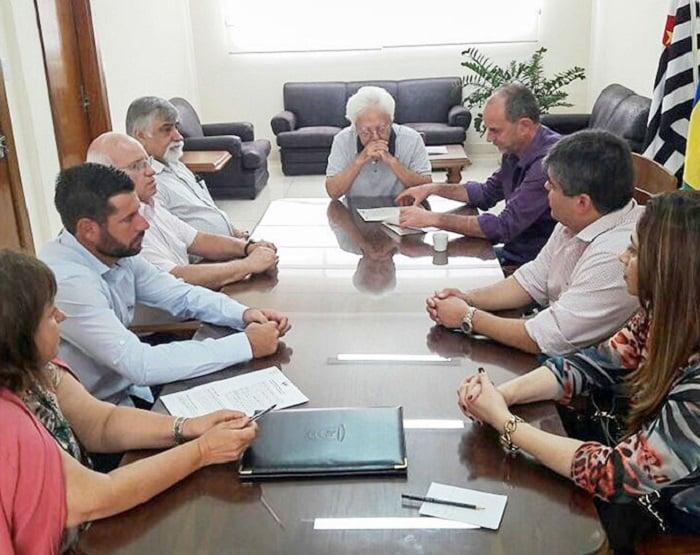 Prefeitura assina convênio de R$ 2.050.000,00 para Assistência Médica Especializada da Santa Casa