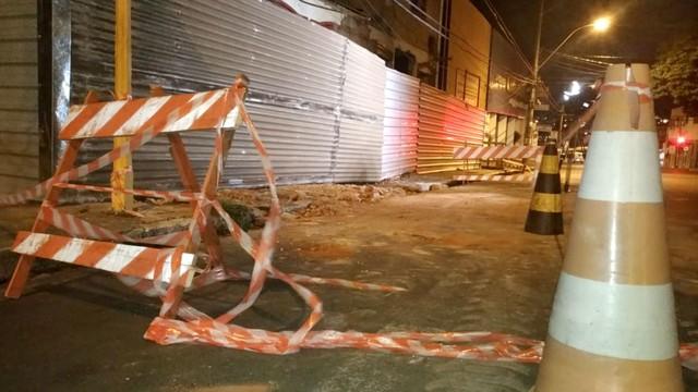 Após trabalho da perícoa, local do acidente foi interditado — Foto: Fernando Savioli/TV TEM