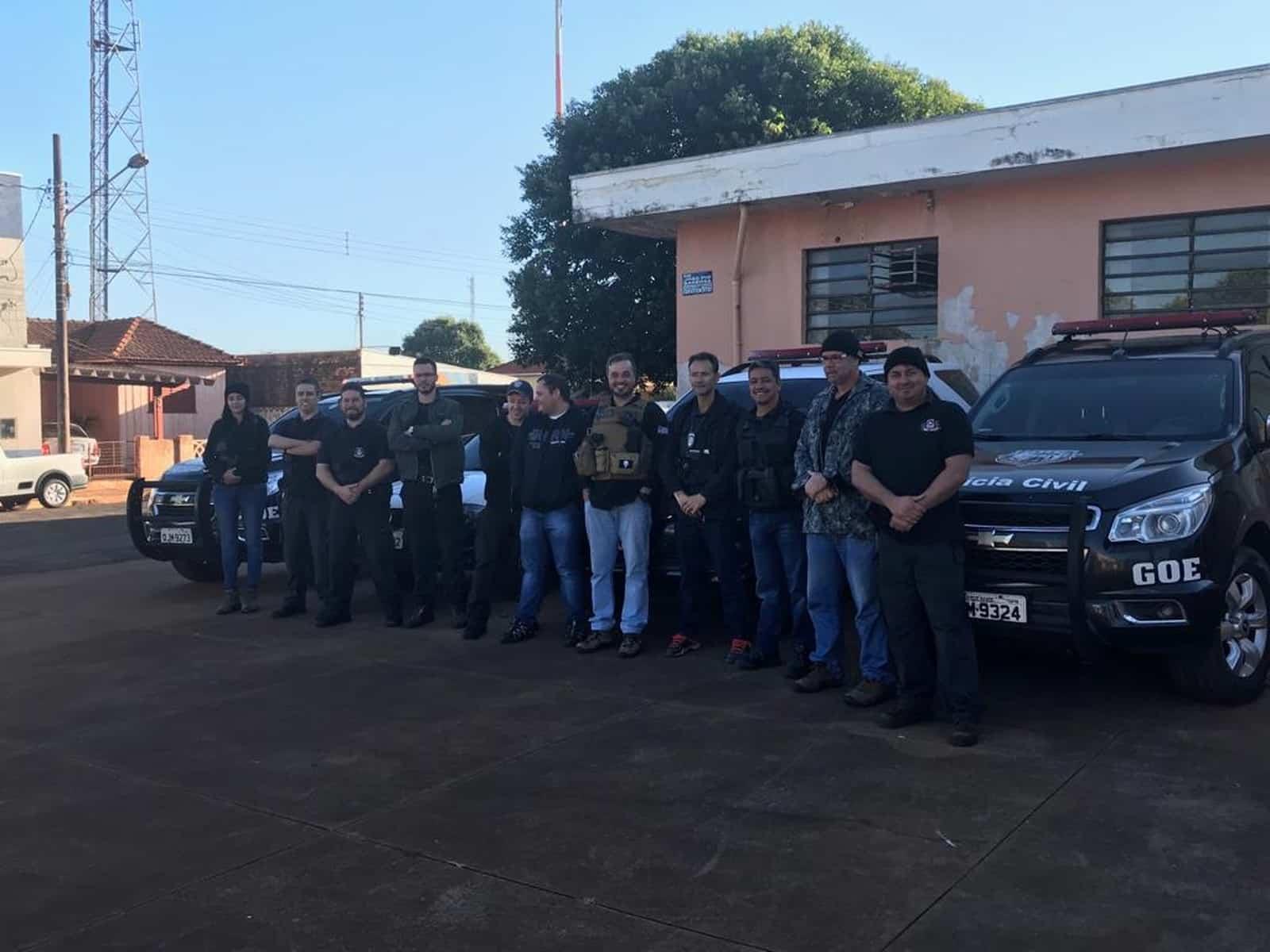 Policiais civis de Assis também deram apoio na Operação Emboscada, em Cândido Mota (SP). — Foto: Polícia Civil/Divulgação